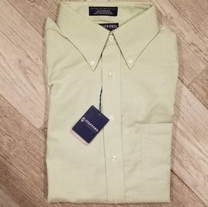 Men's Classic Fit Button Down Shirt
